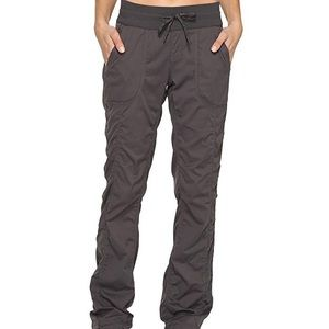 NWT North Face Aphrodite Pants XS Gray Cargo